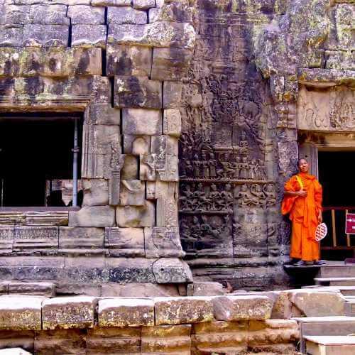 Громадный храмовый комплекс кхмерской культуры