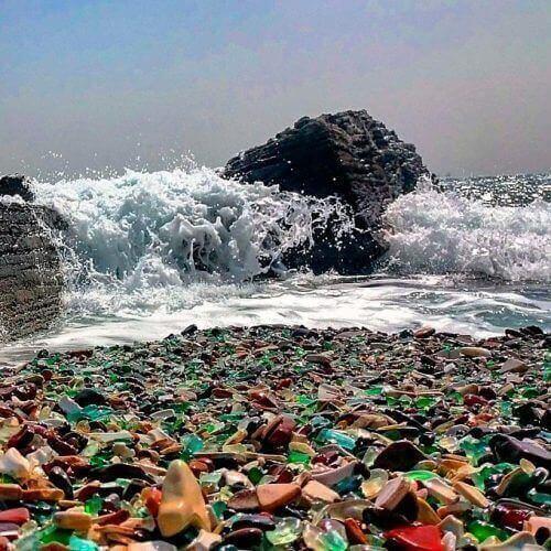 Пляж из стекла в Калифорнии