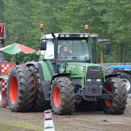 Самые большие тракторы в мире. Большие и мощные великаны