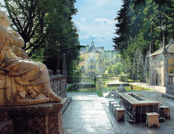 Достопримечательности Зальцбурга, Дворец Хелльбрунн и потешные фонтаны