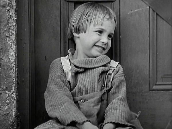 Джеки Куган, Топ-10 самых юных звезд Голливуда