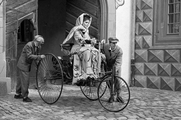 Первые автомобили. Машина Карла Бенца