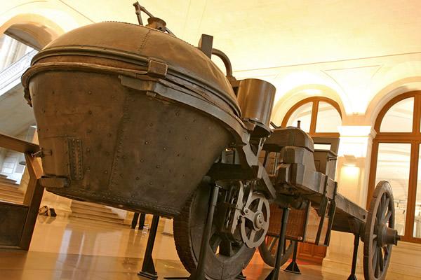 Первые автомобили. Паровая телега Кюньо