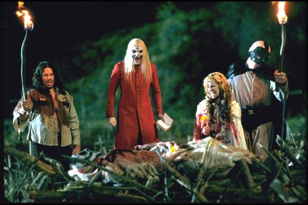 Фильмы на Хэллоуин.Дом 1000 трупов