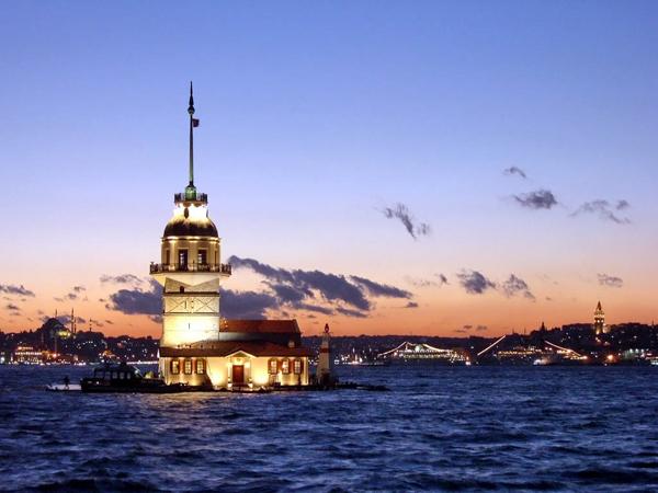 Достопримечательности Стамбула. Девичья башня