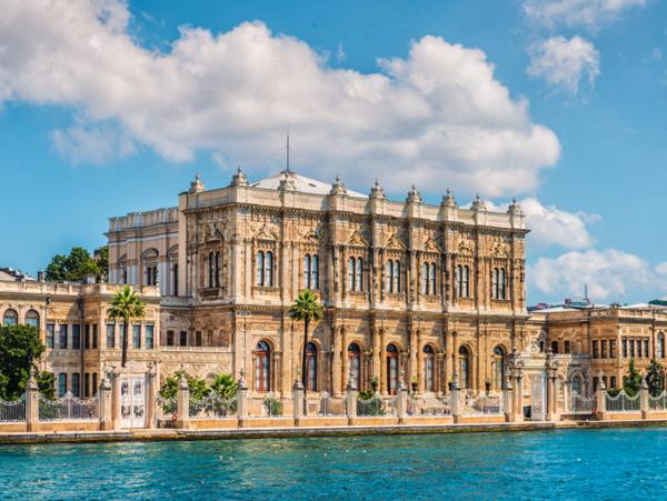 Достопримечательности Стамбула. Дворец Долмабахче