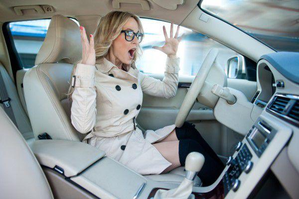 Женщина за рулем. Сдаем вождение: практика