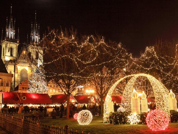 Рождественские ярмарки Европы. Vánoční trhy na Staroměstském náměstí. Прага, Чехия