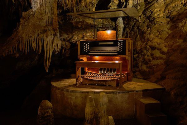 Необычные музыкальные инструменты. Сталактитовый орган